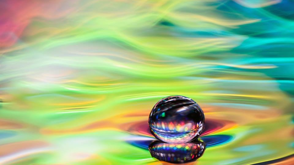 Естественная красота водяных капель