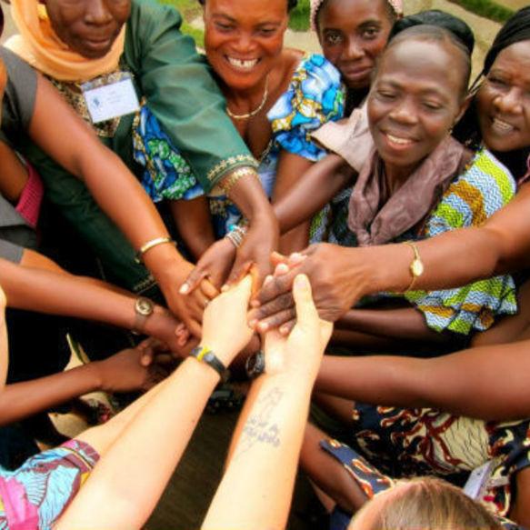 Вступите в ряды добровольцев Корпуса Мира