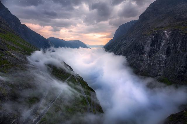Туман над дорогой Троллей