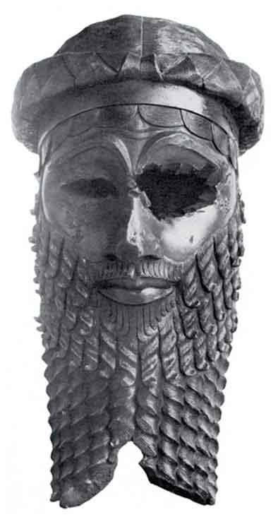 Бронзовая скульптура Саргона Великого