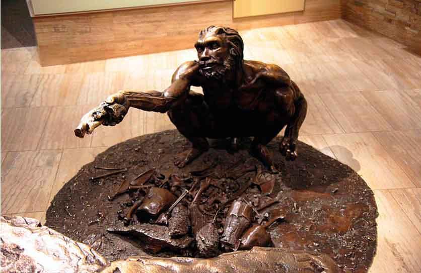 Бронзовая статуя Гейдельбергского человека, Смитсоновский музей, Вашингтон, США