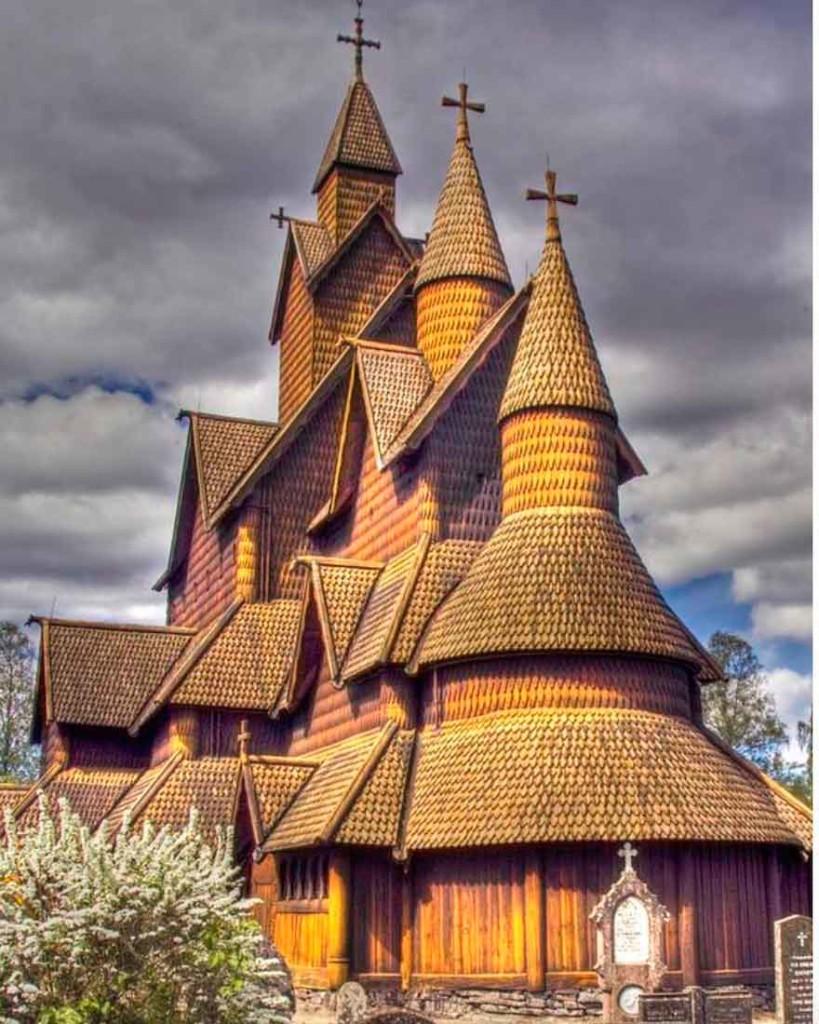 Деревянная церковь Хеддал в Нотоддене